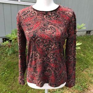 Jones NY long sleeve knit top, red/black paisley L